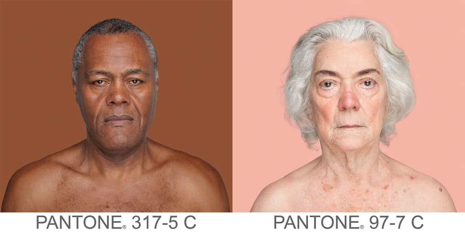 Two photographic portraits of a older man and woman. The background is a sample of 11 x 11 pixels taken from the nose of the subject and matched with the industrial pallet Pantone®. The pantone color is written out underneath the portraits, for the man PANTONE 317-5C and for the woman PANTONE 97-7C.