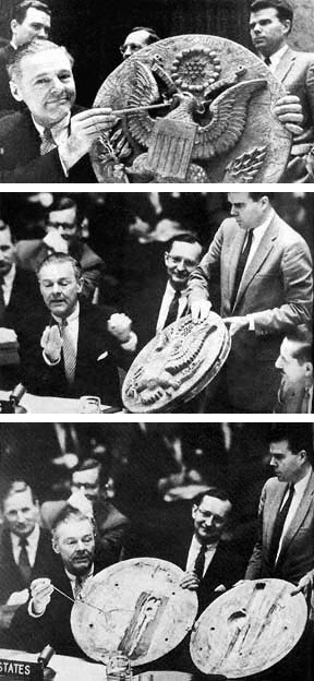 Cabot Lodge shows the Thing in The Great Seal during a meeting of the U.N. Security Council